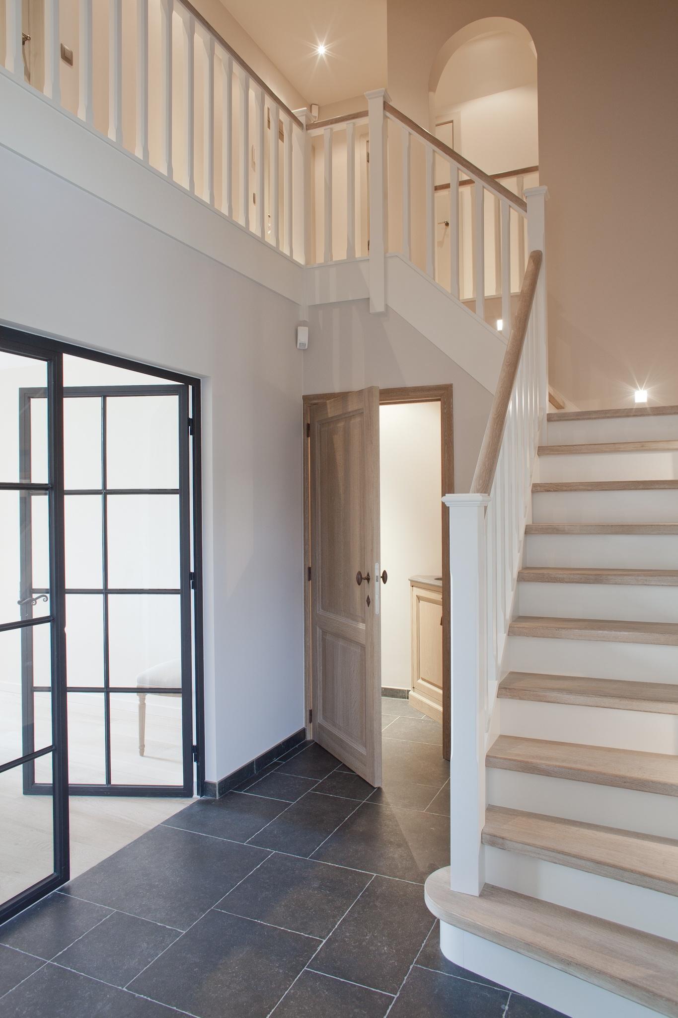 Schuifdeur woonkamer: tussendeur woonkamer en schuifdeur trapgat ...